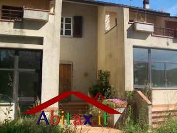 Villa in vendita a Cavriglia, 10 locali, prezzo € 495.000 | CambioCasa.it